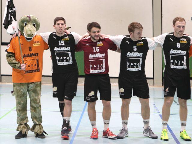 Dino und Mannschaft